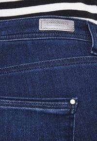 Esprit Collection - Jean slim - blue dark wash - 5