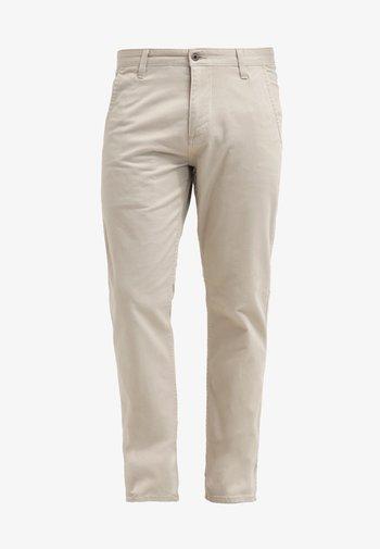 ALPHA ORIGINAL SLIM - Chino kalhoty - safari beige