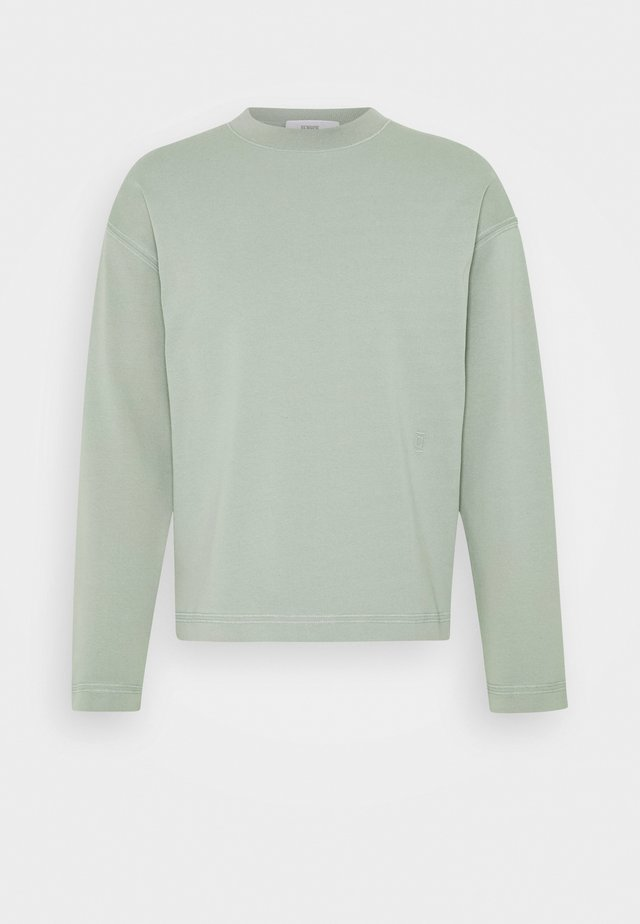 Sweater - celadon green