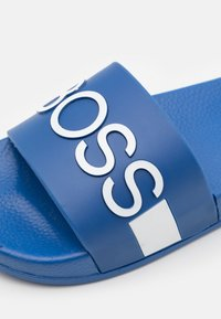 BOSS Kidswear - Mules - electric blue - 5