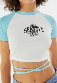 Bershka - Print T-shirt - blue/white - 3
