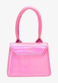 myMo ATHLSR - MINI-TASCHE - Handbag - pink holo - 2