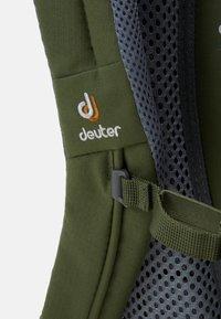 Deuter - WALKER UNISEX - Turistický batoh - khaki/lion - 5