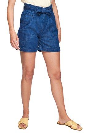 SURI - Denim shorts - faded blue