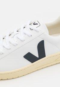 Veja - URCA - Sneakers basse - white/nautico/butter - 7