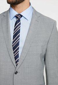Strellson - Suit - light grey - 8