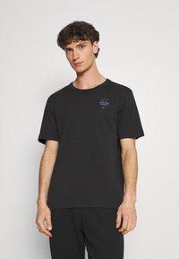 adidas Originals - ABSTRACT TEE UNISEX - Print T-shirt - black - 0