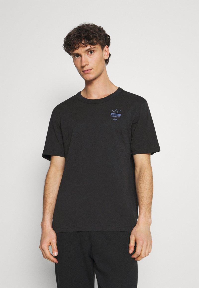 adidas Originals - ABSTRACT TEE UNISEX - Print T-shirt - black