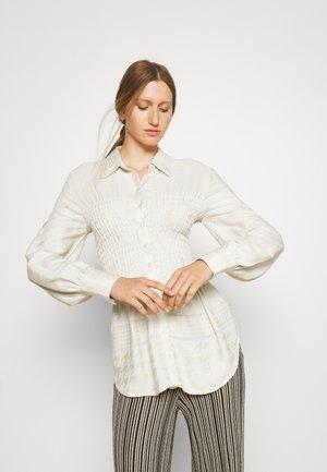 HARPER SHIRT - Button-down blouse - birch