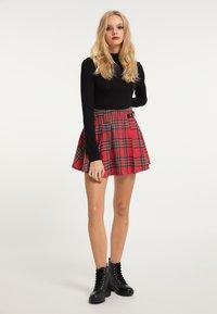 myMo ROCKS - Pleated skirt - rot kariert - 1