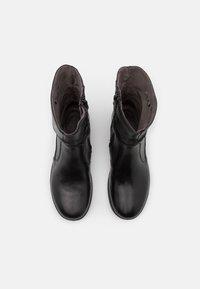 Jana - Kotníkové boty - black - 5