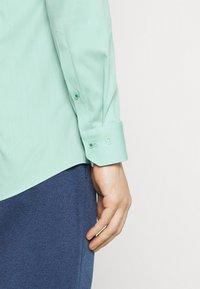 OLYMP No. Six - Formal shirt - grün - 5