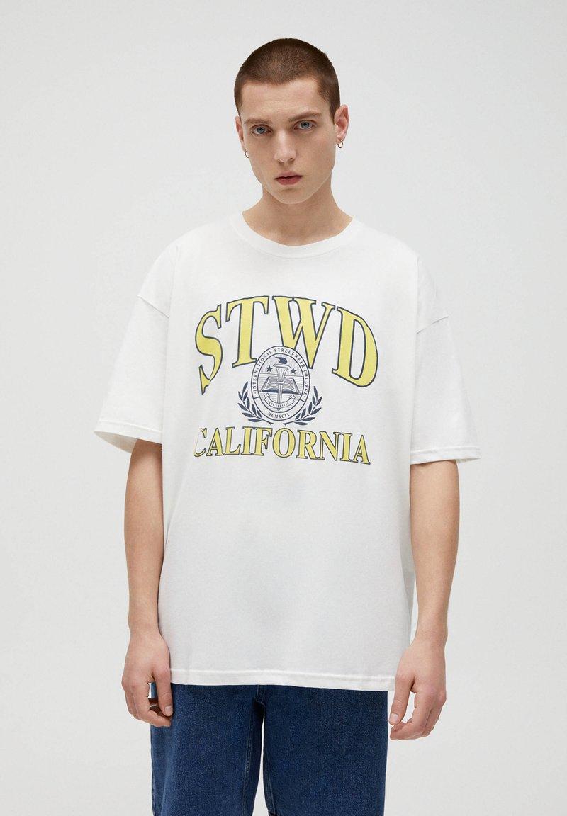 PULL&BEAR - CALIFORNIA STWD - T-Shirt print - white