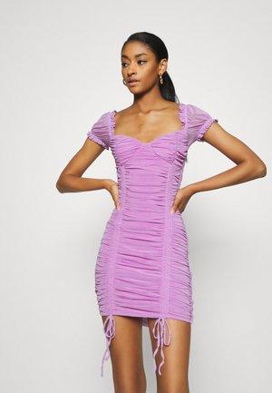 TORONTO DRESS - Pouzdrové šaty - lilac