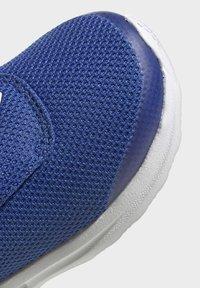 adidas Performance - FORTARUN RUNNING - Scarpe da corsa stabili - blue - 8