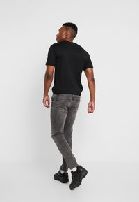 Daily Basis Studios - CAST - Jeans Skinny Fit - grey wash - 2