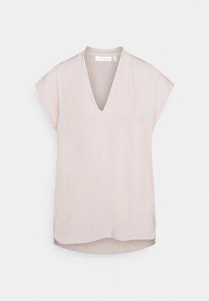 YAMINI - Basic T-shirt - porcelain