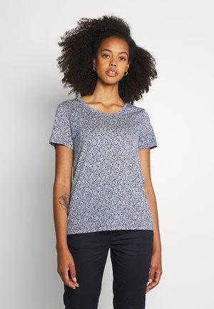 ALLOVER PRINTED TEE - Print T-shirt - white