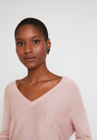 Anna Field - RELAXED V-NECK - Jumper - pink - 3