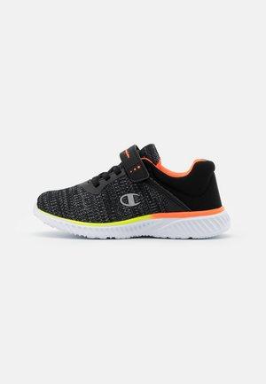 SOFTY UNISEX - Sportovní boty - new black