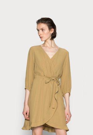 NORAH DRESS - Robe d'été - fennel seed