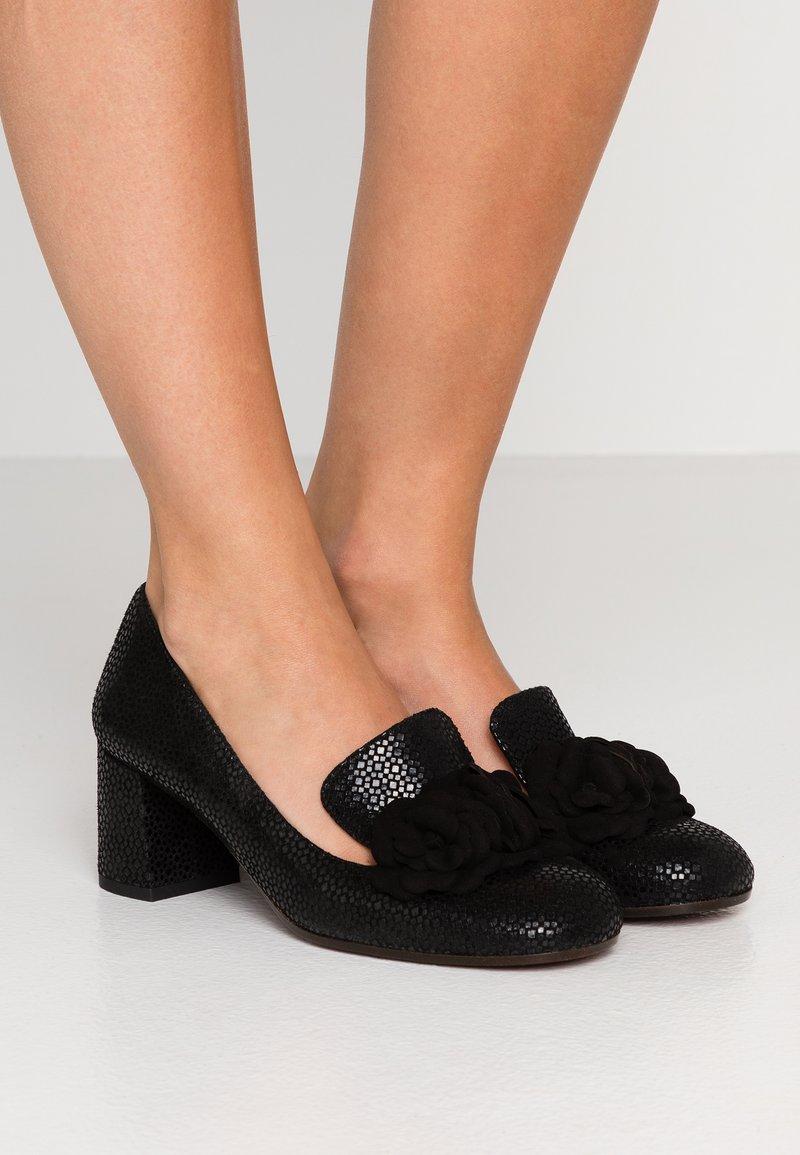 Chie Mihara - Classic heels - danko