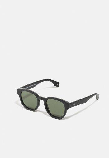 SUSTAIN GRASS BAND - Sunglasses - black grass