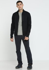 Mammut - RUNBOLD PANTS  - Pantalon classique - black - 1
