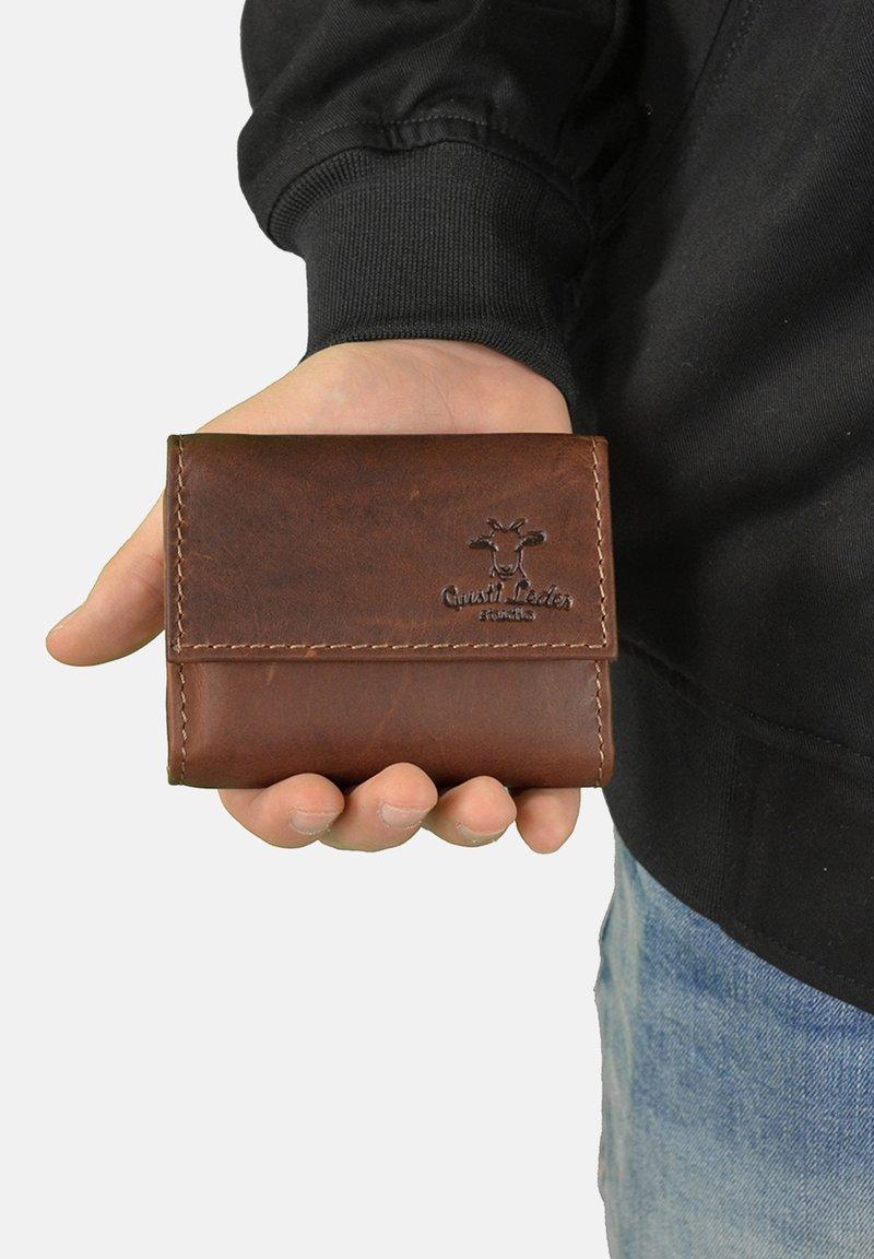 Gusti Leder - Key holder - dark brown