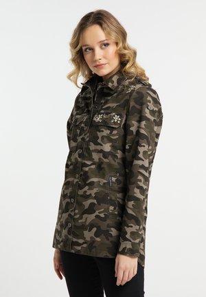 Korte jassen - camouflage