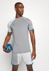 Hummel - Print T-shirt - sharkskin/gray violet - 3