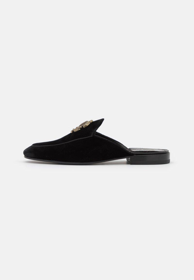 Roberto Cavalli - Pantofle - black
