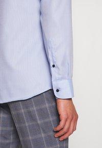 Eterna - SLIM FIT  - Formal shirt - blue - 5