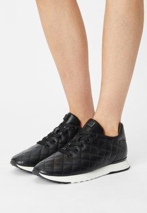 REVIEW - Sneakersy niskie - schwarz