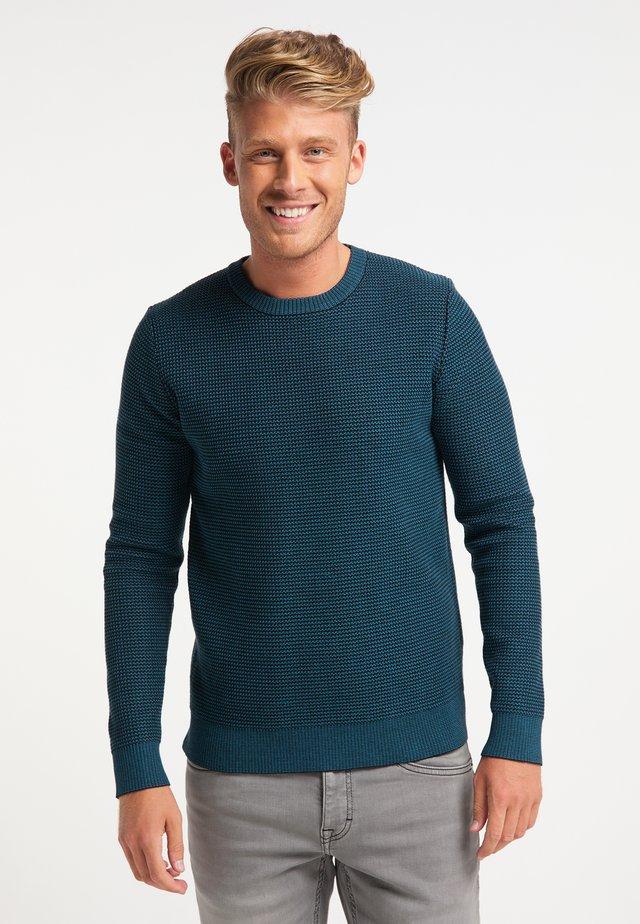 Stickad tröja - petrol blau