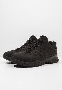 The North Face - HEDGEHOG HIKE GTX II - Hiking shoes - black/graphite - 2