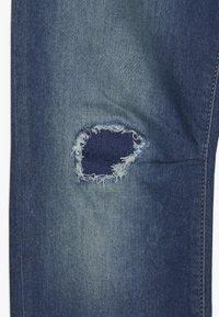 GAP - BOY DESTROY - Slim fit jeans - blue denim - 4