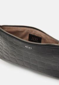 N°21 - SMALL ZIPPED POUCH - Clutch - black - 2