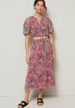 SHORT SLEEVE - Day dress - pink