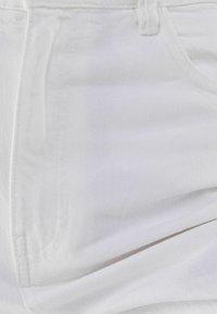Bershka - Fließende - Flared Jeans - white - 5