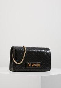 Love Moschino - Torba na ramię - black - 0