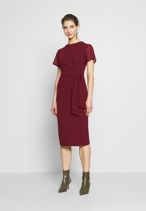 TIE WRAP MIDI DRESS - Cocktailkjole - wine