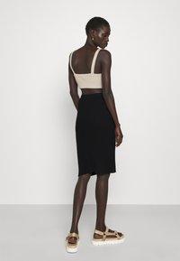 Filippa K - OLIVIA SKIRT - Pouzdrová sukně - black - 2