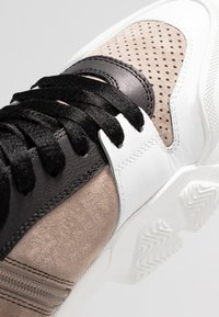 Kennel + Schmenger - ACE - High-top trainers - bianco/taupe/gold - 2