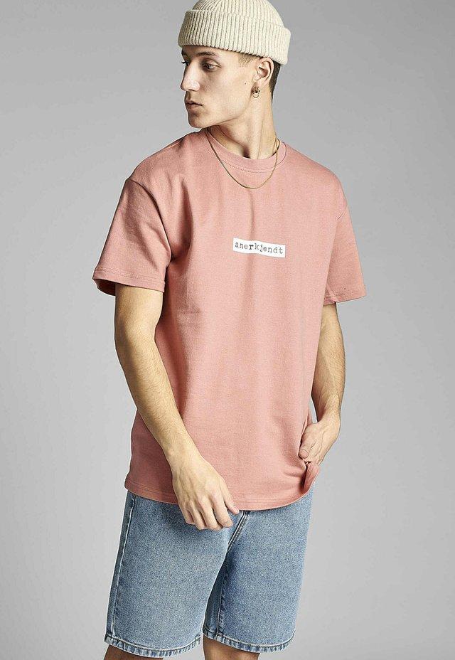 AKARNE BOXY - T-shirt print - old rose