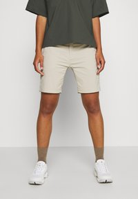 Houdini - LIQUID ROCK - Outdoor Shorts - hay beige - 0