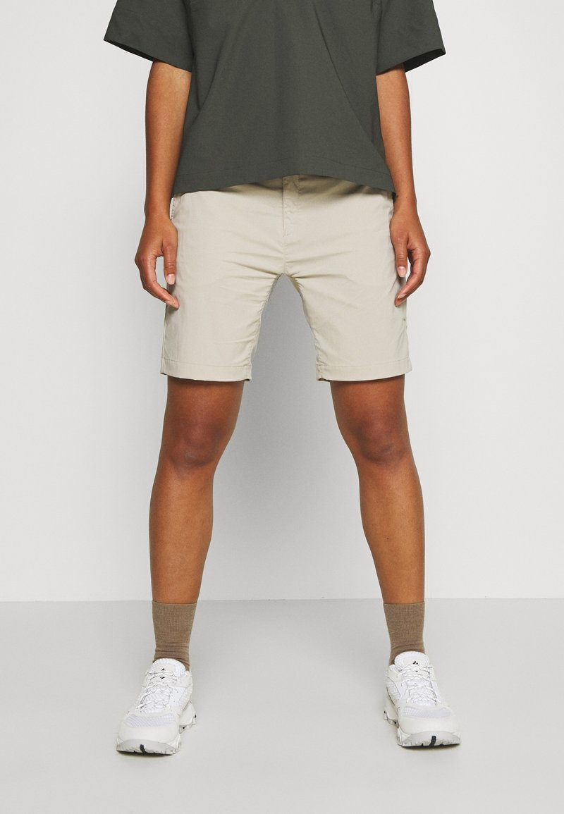 Houdini - LIQUID ROCK - Outdoor Shorts - hay beige
