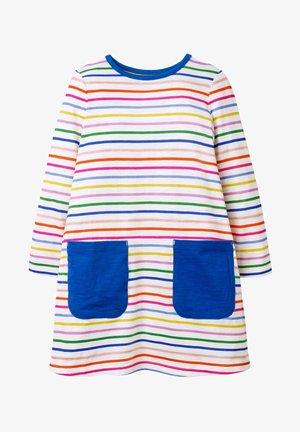 MIT TASCHE - Jersey dress - knallpink/bunt