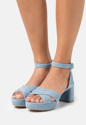 NOVILLA - Platform sandals - jeans