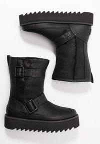 UGG - CLASSIC REBEL BIKER SHORT - Platform boots - black - 3